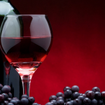 Buenas noticias para los amantes del vino: Ayuda a mejorar la memoria
