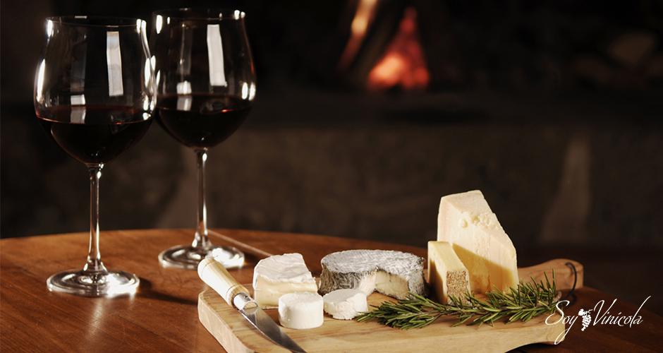 cómo combinar quesos y vinos mesa