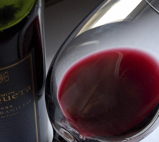 importancia del porcentaje de alcohol en el vino tinto