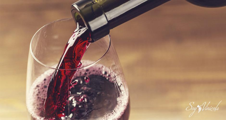 cuántas calorías tiene el vino tinto copa
