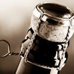 ¿Cómo descorchar una botella de vino espumoso?