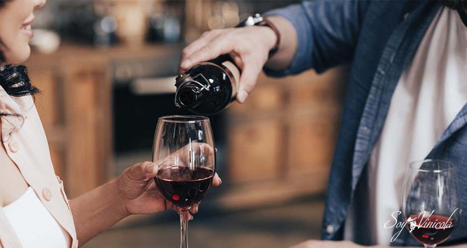12 razones por las cuales debes tomar vino